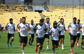 هشام إبراهيم يؤازر لاعبي الزمالك قبل مواجهة المولودية
