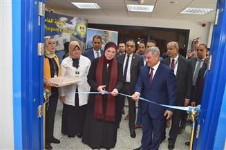"""افتتاح أحدث معمل لمتبقيات المبيدات والسموم بـ""""الرقابة على الصادرات"""" بمطار القاهرة"""