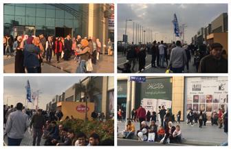 الجمهور يودع معرض القاهرة الدولي للكتاب في يومه الأخير | صور