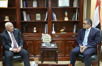 وزير الآثار ومحافظ بورسعيد يتخذان قرارا لتنشيط سياحة المؤتمرات واليوم الواحد.. تعرف عليه | صور
