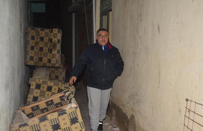 محافظ البحر الأحمر عمرو حنفي فى أحد شوارع الغردقة