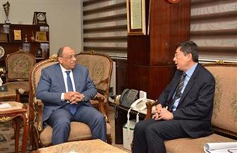 وزيرالتنمية المحلية يستقبل سفيرسنغافورة بالقاهرة لمناقشة سبل التعاون بين البلدين