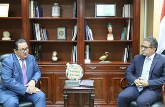وزير الآثار والسياحة يبحث مع سفير كازاخستان بالقاهرة سبل تعزيز التعاون