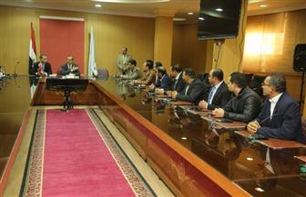 محافظ كفر الشيخ يبحث تشكيل لجان متابعة ميدانية | صور
