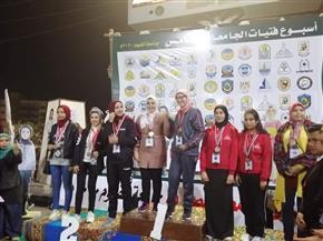 جامعة القاهرة تفوز بالمركز الأول وتقتنص الدرع العام في أسبوع فتيات الجامعات | صور