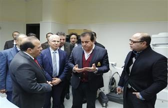 تفاصيل جولة وزير التعليم العالي بمستشفيات جامعة طنطا | صور