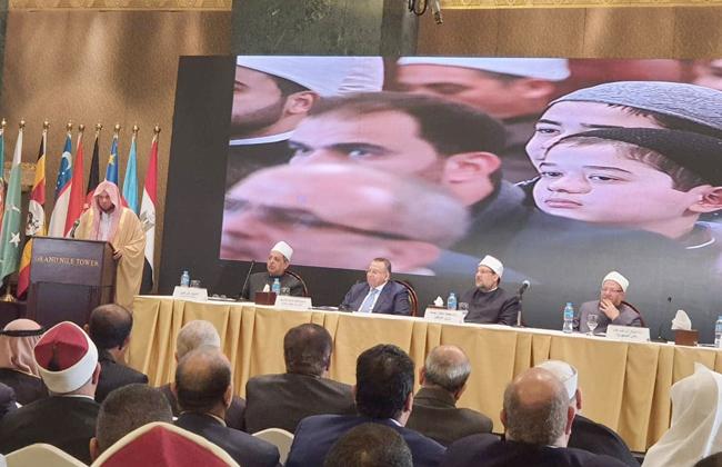 إمام الحرم المكي يوجه الشكر للرئيس السيسي على رعاية المسابقة العالمية للقرآن الكريم