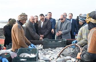 محافظ الشرقية يفتتح موسم صيد الأسماك بمزرعة العباسة بأبو حماد | صور