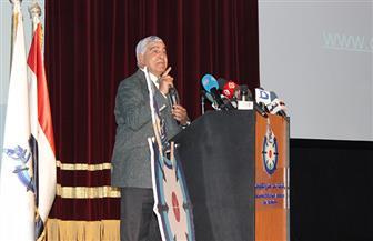 وزير التعليم العالي يفتتح فعاليات شهر العلوم المصري | صور