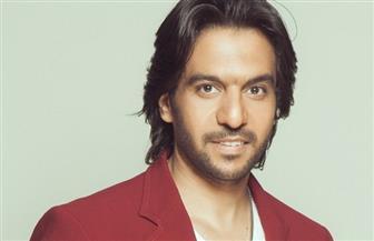محامي بهاء سلطان: لن يمكنه الغناء قبل انتهاء نزاعه القضائي مع نصر محروس | فيديو