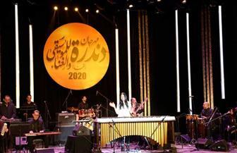 وزيرة الثقافة ومحافظ قنا يشهدان فعاليات ثالث أيام مهرجان دندرة للموسيقى والغناء| صور