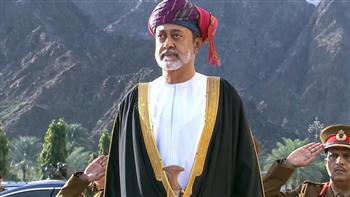 """سلطان عمان يعزى ملك البحرين والرئيس الفلسطينى فى وفاة """"خليفة بن سلمان"""" و""""صائب عريقات"""""""