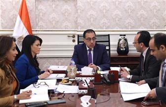 رئيس الوزراء يستعرض مع وزيرة التعاون الدولى نتائج زيارتها واشنطن