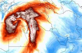 """غلق طريق المنيا بسبب تجمع مياه الأمطار الناتجة عن عاصفة """"التنين"""""""