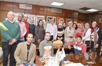 """""""علاء الدين"""" تحتفل بحصولها على جوائز مسابقتى الصحافة المصرية ونوال عمر"""