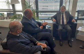وزير الخارجية يلتقي مفوض الاتحاد الأوروبي للميزانية في مستهل زيارته لبروكسل | صور