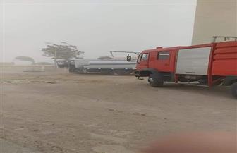 رئيس مدينة الطور: السيطرة على حريق نشب في إحدى المزارع بقرية الوادي | صور