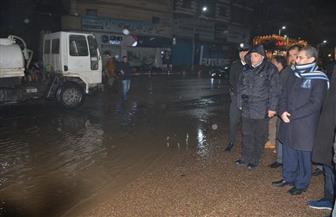 محافظ الغربية يواصل جولاته الليلية لمتابعة أعمال شفط مياه الأمطار من الشوارع| صور