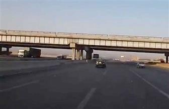 تعرف على حقيقة انهيار طريق القاهرة- الإسماعيلية الصحراوي نتيجة حدوث هبوط أرضي