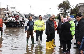 رئيس الشركة القابضة للمياه يتابع تعامل الشركات مع الأمطار الغزيرة فى جولة بـ3 محافظات | صور