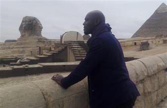 الممثل الفرنسي جيمي جان يزورمنطقتي آثار الهرم و سقارة | صور