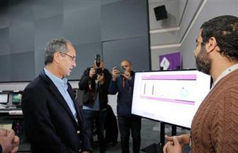 وزير الاتصالات يتفقد مركز المراقبة والتحكم لشبكة المصرية للاتصالات   صور