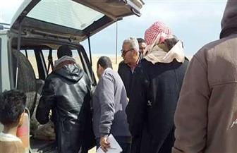 توزيع مساعدات على أهالي قرية الزعفرانة برأس غارب لتضررهم  من الأمطار |  صور