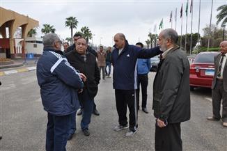 رئيس جامعة حلوان يتفقد منشآت الجامعة لمتابعة تداعيات سوء الأحوال الجوية | صور