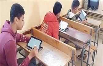 مصدر بالتعليم: تحديد مصير الامتحانات التجريبية لطلاب أولى ثانوي خلال ساعات