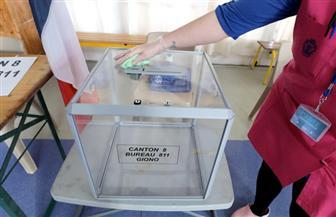 فتح مراكز الاقتراع في الانتخابات المحلية الفرنسية رغم فيروس كورونا