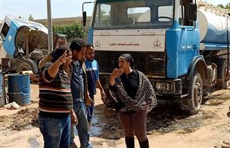 نائبة محافظ جنوب سيناء تتابع كسح مياه الأمطار من الشوارع | صور