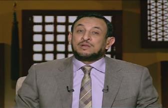رمضان عبدالمعز: من لا يسأل الله بالدعاء يغضب عليه