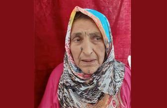 الأم المثالية بمطروح: ولدت في خيمة واشتغلت عاملة نظافة وحلب الأبقار لتنفق على تعليم ابنتها