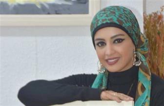 """فاطمة حسن: رسمت أبطال معرض""""سمرة ببشرة داكنة"""" ردا على حالات تنمر تعرضت لها   صور"""