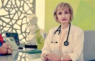 طبيبة فلسطينية تغني للكورونا من كلماتها وألحانها | فيديو