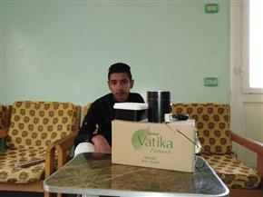 """""""محمود حمدي"""" الطالب بقنا يتغلب على أمراض القلب بابتكارات ومجسمات من البيئة المحلية"""