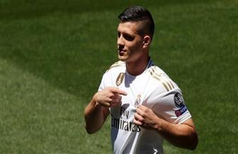مهاجم ريال مدريد يواجه اتهامات جنائية بسبب خرق العزل الصحي