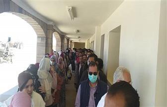 معبر قسطل يستقبل عشرات الطلاب المصريين القادمين من السودان | صور