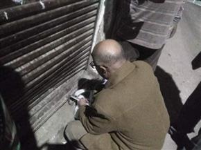 غلق 8 محلات مخالفة في حملات بمركز طما في سوهاج   صور