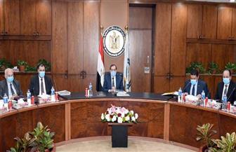 الملا: مشروعات تطوير الشبكة القومية لنقل وتوزيع الغاز أحد محاور تحويل مصر إلى مركز إقليمي