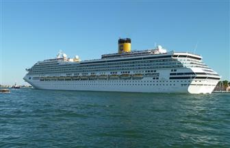 عبور سفينة ركاب لقناة السويس على متنها 65 مصابا بفيروس كورونا