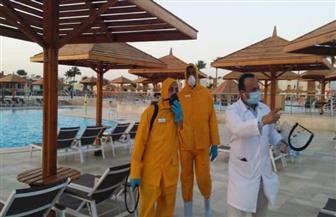 بدء إجراءات التطهير للفنادق والنوادي الصحية في مدينتي شرم الشيخ والجونة | صور