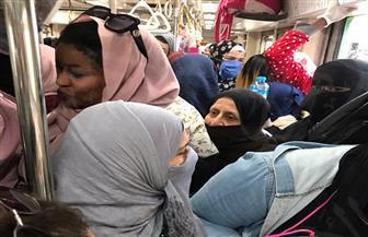 مذيعة إكسترا نيوز عن زحام المترو: بنحول نفسنا لقنابل موقوتة | فيديو