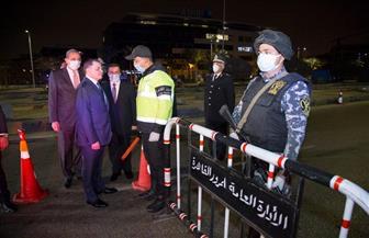 وزير الداخلية يتفقد انتشار القوات بالشوارع أثناء الحظر.. ويوجه بمراعاة البعد الإنساني| صور