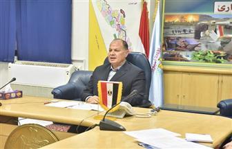 محافظ أسيوط يطمئن رئيس الوزراء على تنفيذ القرارات والإجراءات الاحترازية لمواجهة كورونا|صور