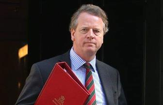 """وزير بريطاني يعزل نفسه بعد ظهور أعراض """"كورونا"""" عليه"""