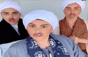 ميس حمدان وشقيقاتها يواجهن فيروس كورونا بالشوم الصعيدي | فيديو