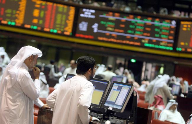 أسواق الخليج الكبرى تنهي تداولاتها على مكاسب أسبوعية