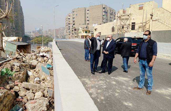 محافظ القاهرة يتفقد بدء إزالة المنطقة العشوائية بنفق الزعفران في الوايلي | صور