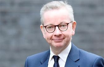 مجلس الوزراء البريطاني: علينا أن نستعد لفترة إغلاق طويلة بسبب كورونا